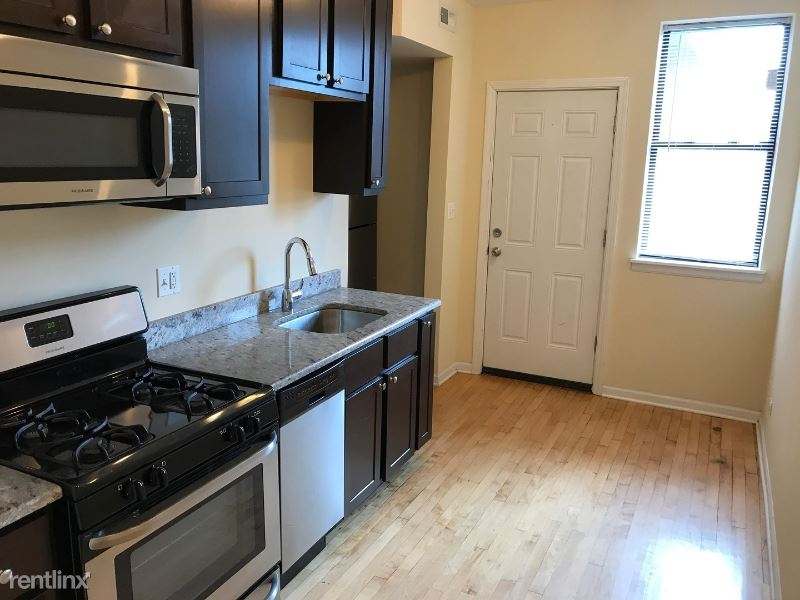 2803 W Lawrence Ave - 3000USD / month
