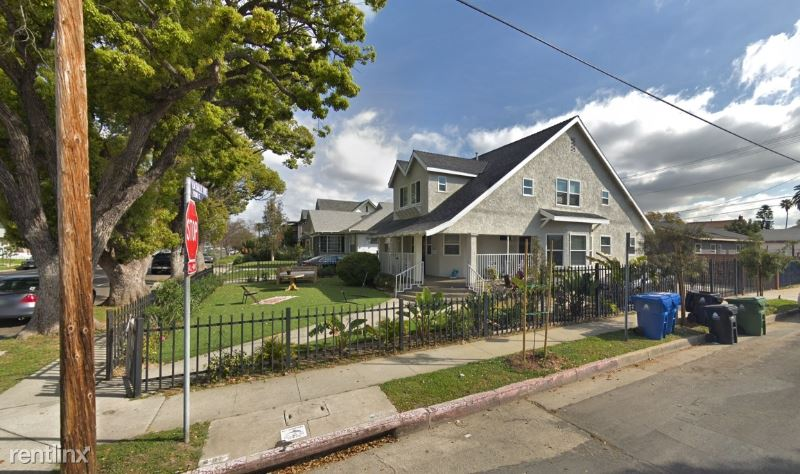 2955 S La Salle Ave, Los Angeles, CA - 895 USD/ month