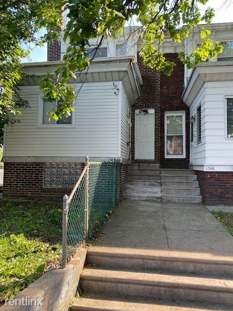 5858 Castor Av Ave, Philadelphia, PA - 650 USD/ month