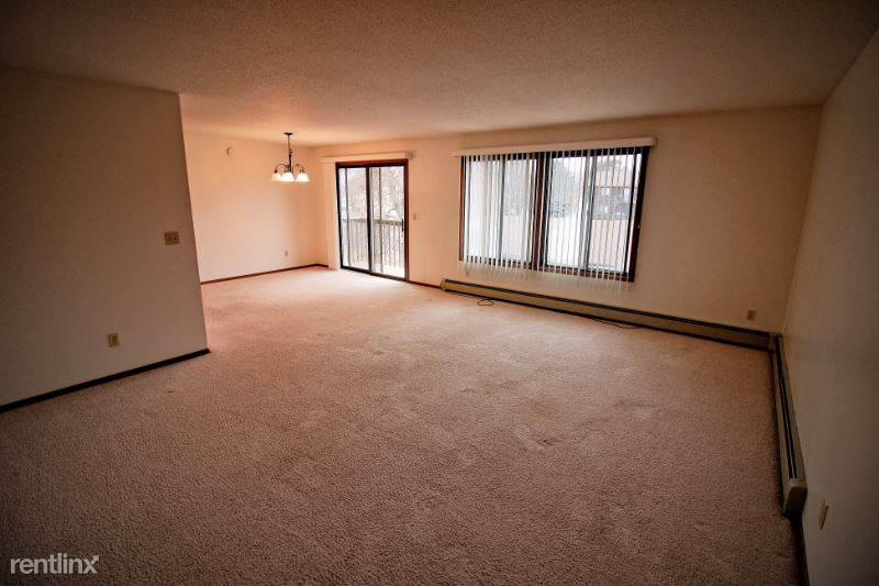 5401 W 56th St 36, Sioux Falls, SD - 750 USD/ month