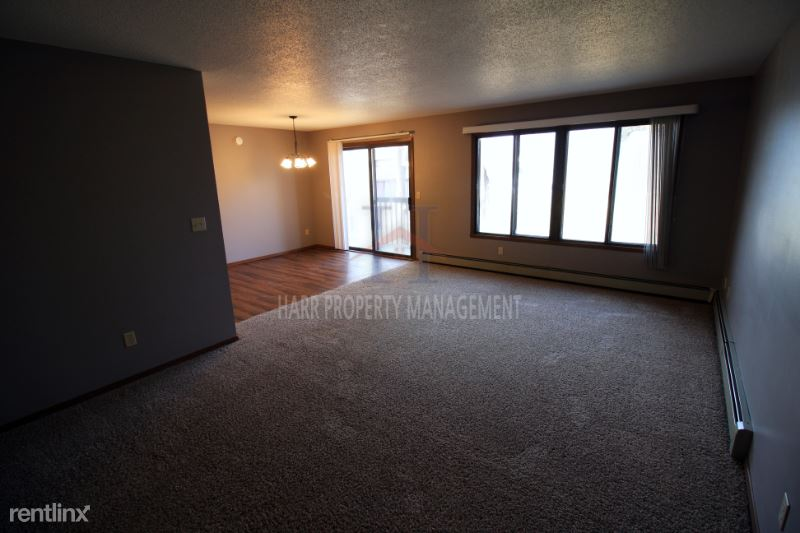 4901 S Marion Rd 6, Sioux Falls, SD - 750 USD/ month