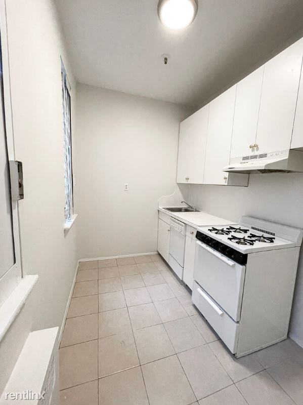 Amsterdam Ave, New York, NY - 1,483 USD/ month