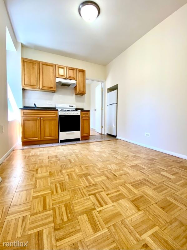 EAST 78th street, New York, NY - 1,413 USD/ month
