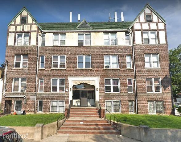265 Stuyvesant Ave - 1150USD / month