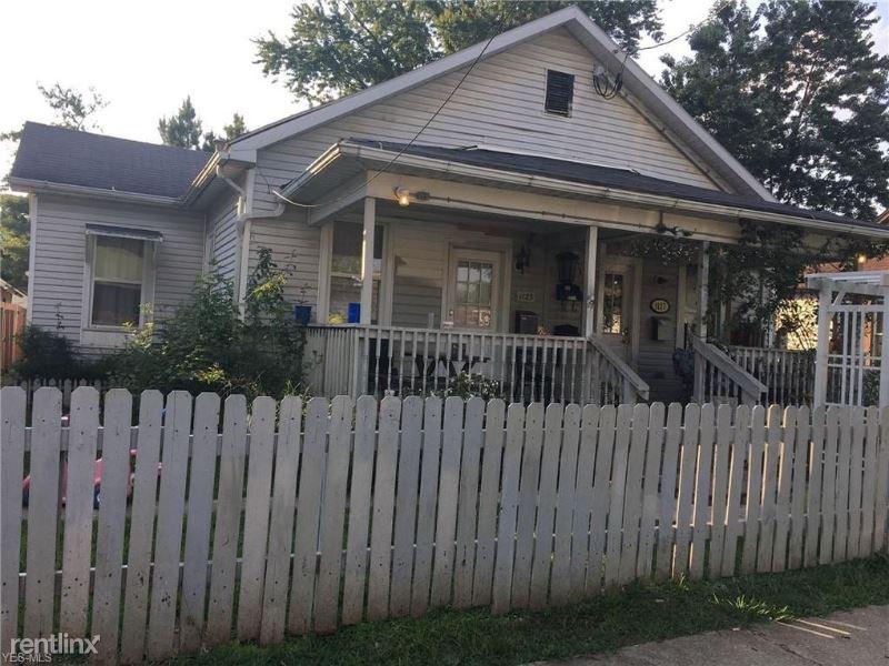 1125 Latrobe St, Parkersburg, WV - 750 USD/ month