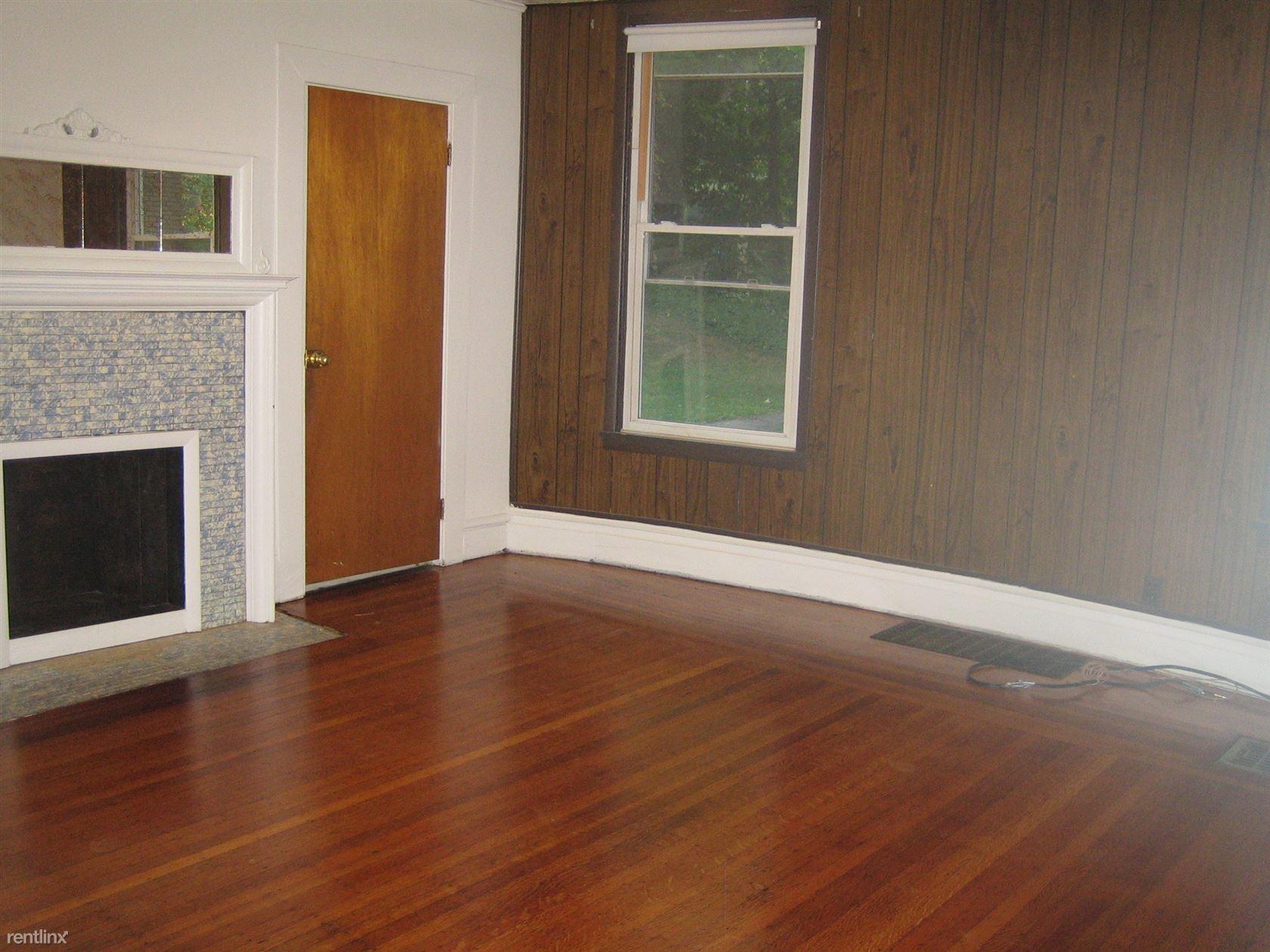 5704 Darlington Road, Pittsburgh, PA - 1,650 USD/ month
