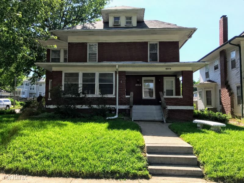 1743 S 23rd St, Lincoln, NE - 1,245 USD/ month