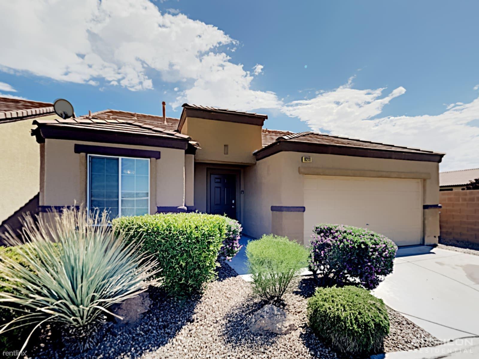 6211 Cumberland Gap Avenue, Las Vegas, NV - 2,149 USD/ month