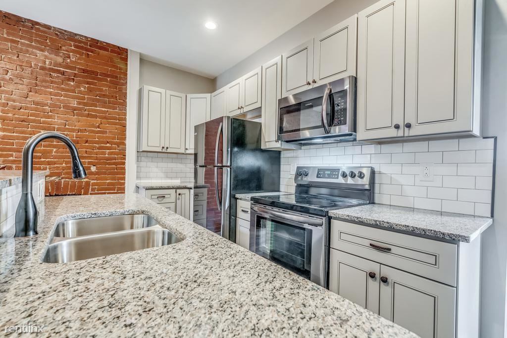 5148 Dearborn St, Pittsburgh, PA - 1,800 USD/ month