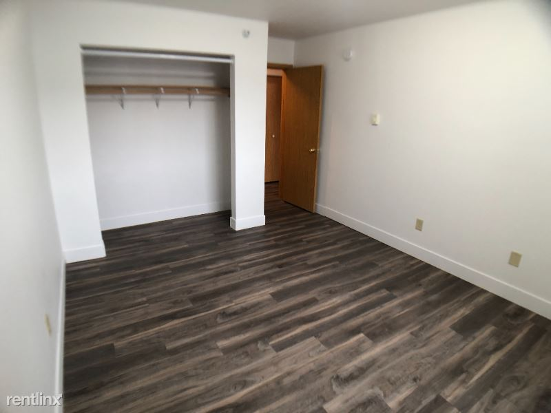 2627 s 17th st 103, Grand Forks, ND - 650 USD/ month