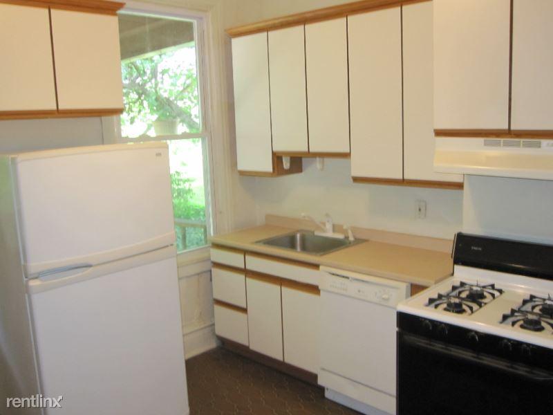 5706 Darlington Road, Pittsburgh, PA - 1,595 USD/ month