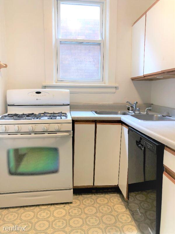 5706 Darlington Road 2nd Flr, Pittsburgh, PA - 1,675 USD/ month