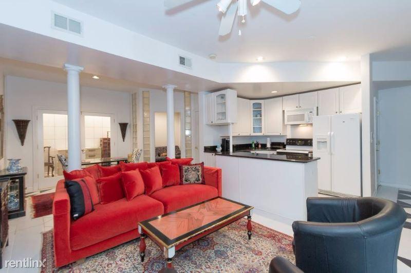2403 Shreve Hill RD., Dunn Loring, VA - 2,500 USD/ month
