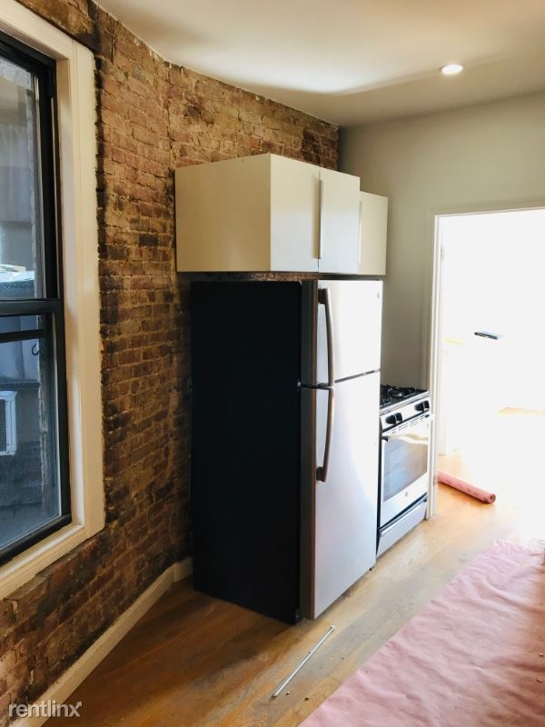 1722 Amsterdam St 3FN, New York, NY - 1,750 USD/ month