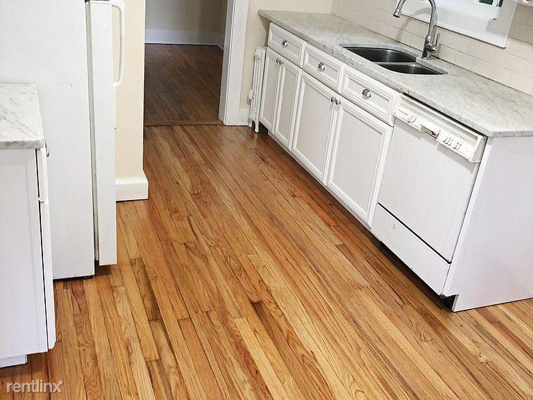 559 Shunpike, Millbrook, NY - 2,400 USD/ month