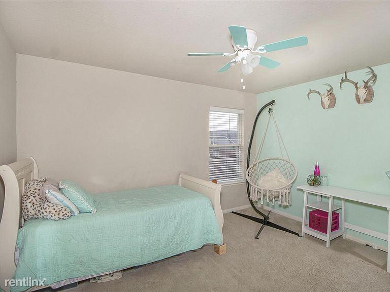 15207 Judy, Baytown, TX - 1,350 USD/ month