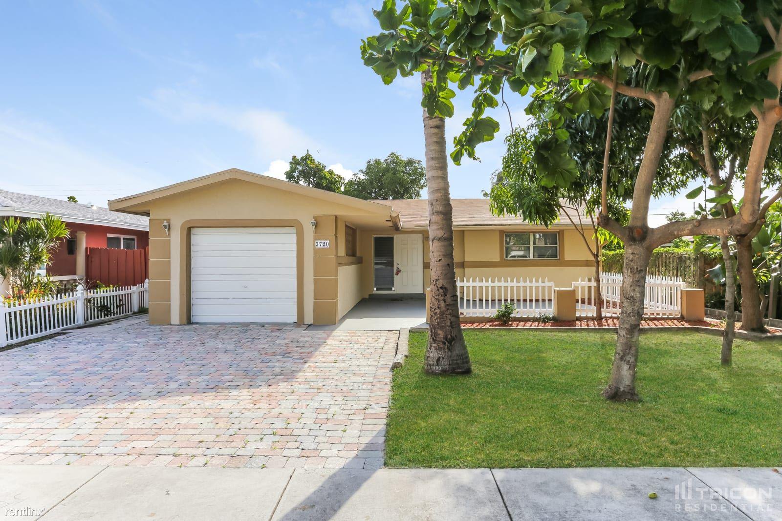 3720 NE 13th Terrace, Pompano Beach, FL - 2,199 USD/ month