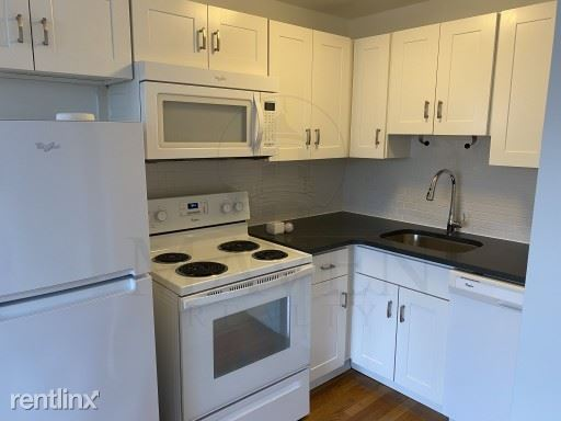 134 Summer Street, Malden, MA - 1,650 USD/ month