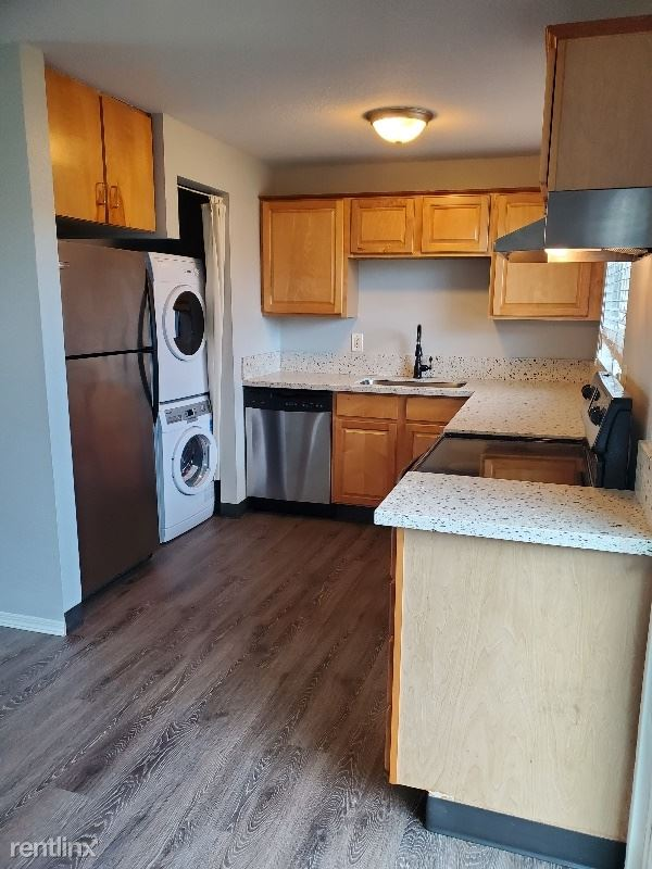14655 SW 76th Avenue, Tigard, OR - 1,800 USD/ month
