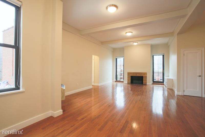 E 58th St, New York, NY - 6,000 USD/ month