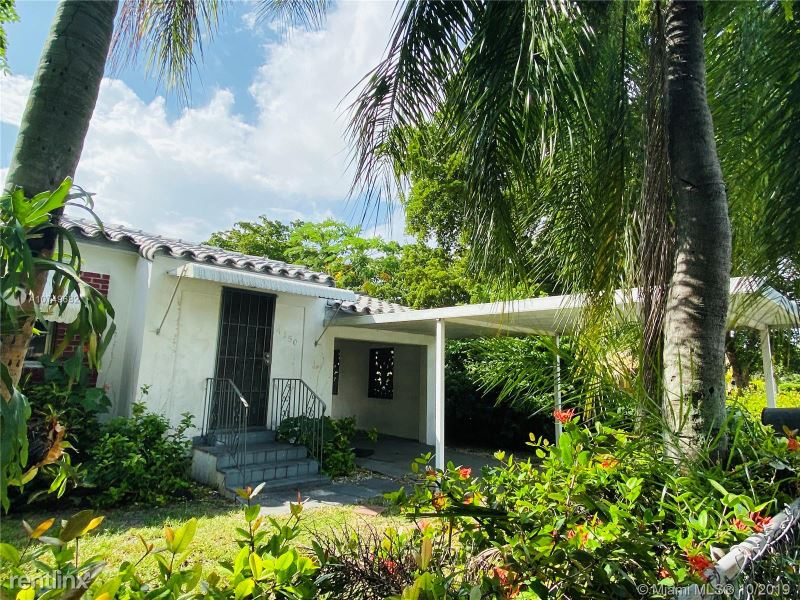 4152 NW 10 AV, Miami, FL - 2,400 USD/ month
