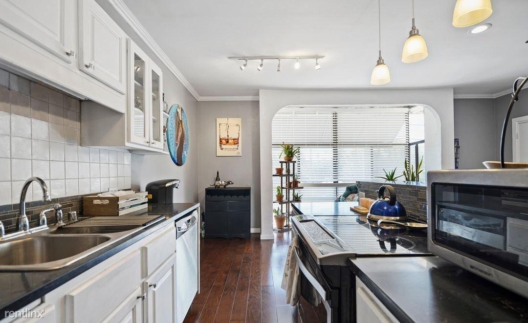 697 Bay St, Santa Monica, CA - 985 USD/ month