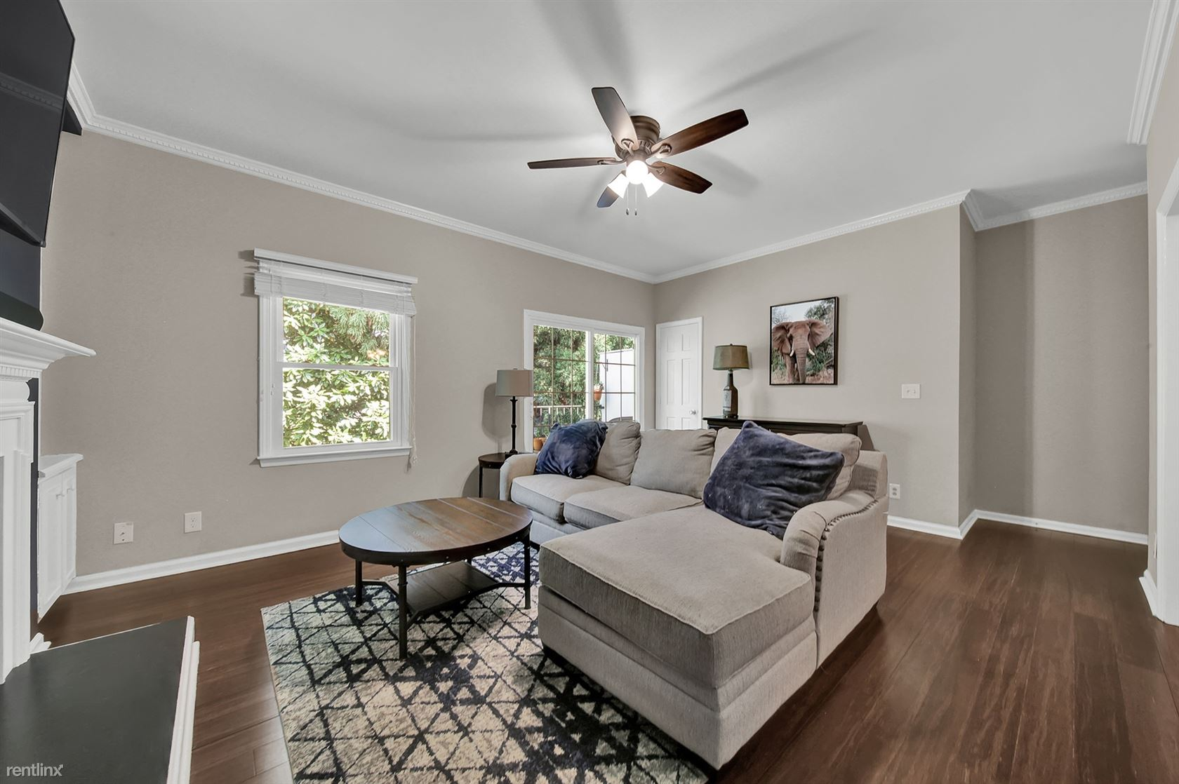 1014 Queens Rd, Charlotte, NC - 985 USD/ month