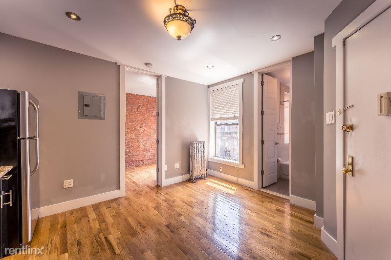 160 Sherman Ave 58, New York, NY - 1,350 USD/ month