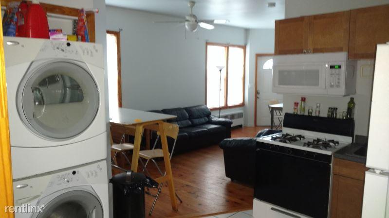 1 Roberts St, Brookline Village, MA - 1,200 USD/ month