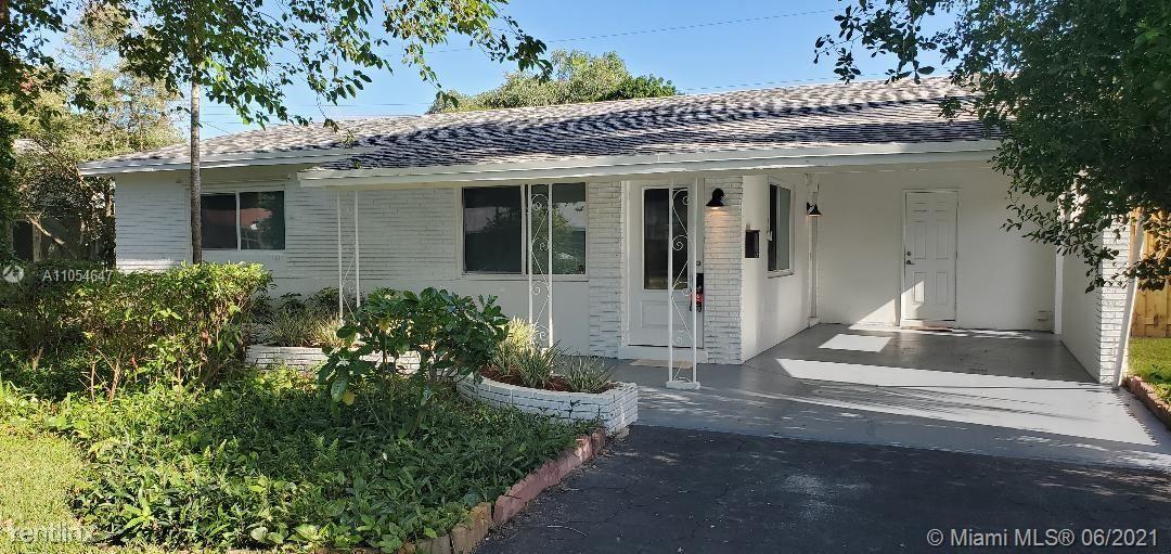 330 NE 42nd Ct, Oakland Park, FL - 2,500 USD/ month