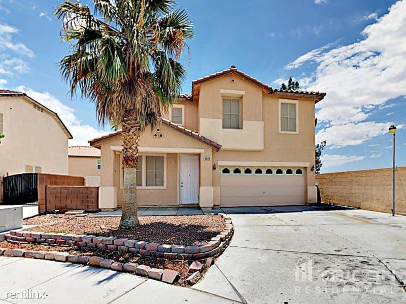 5049 Charlo Drive, Las Vegas, NV - 2,399 USD/ month