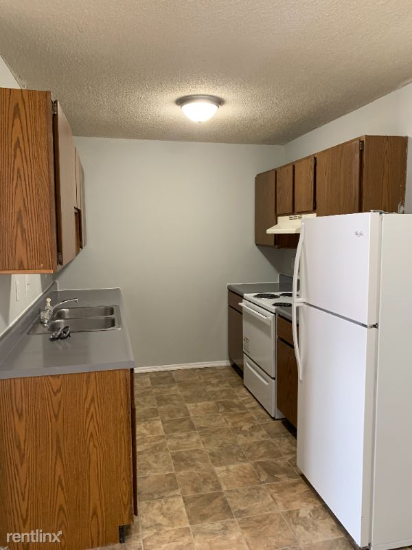 1821 White Columns Dr, Rolla, MO - 650 USD/ month