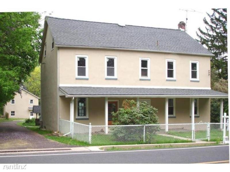916 Old Bethlehem Road, Quakertown, PA - 2,750 USD/ month