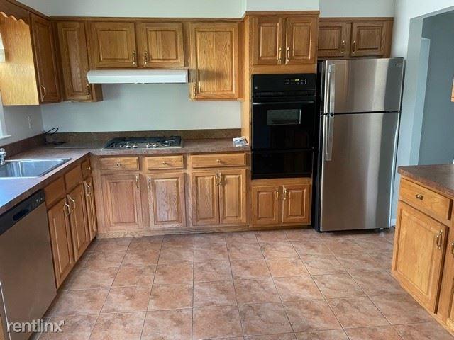 1020 Stoneybrook Ave. 2, Mamaroneck, NY - 2,700 USD/ month