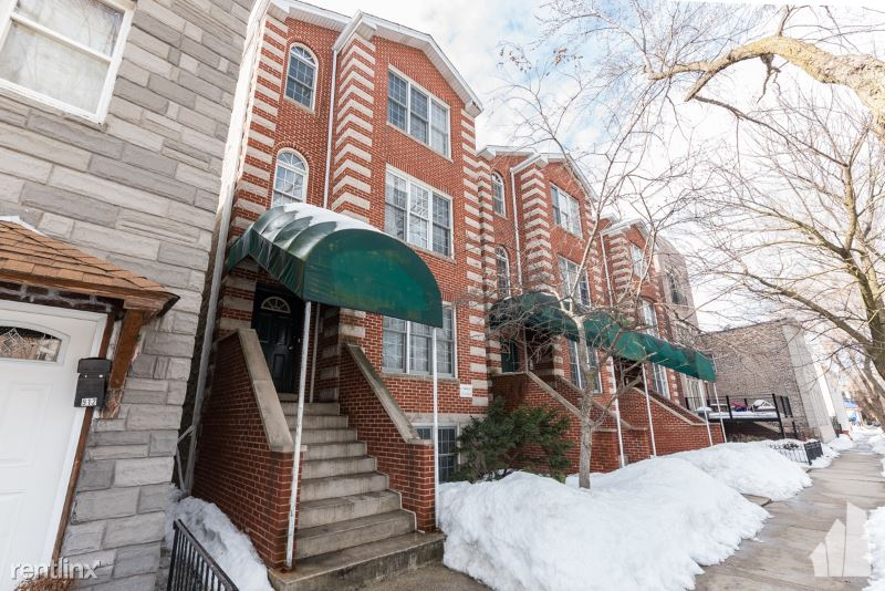 916 N Paulina St 1, Chicago, IL - 2,300 USD/ month