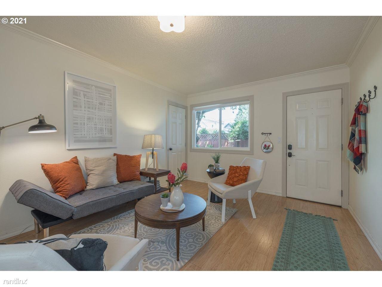 1222 SE Umatilla St, Portland, OR - 800 USD/ month