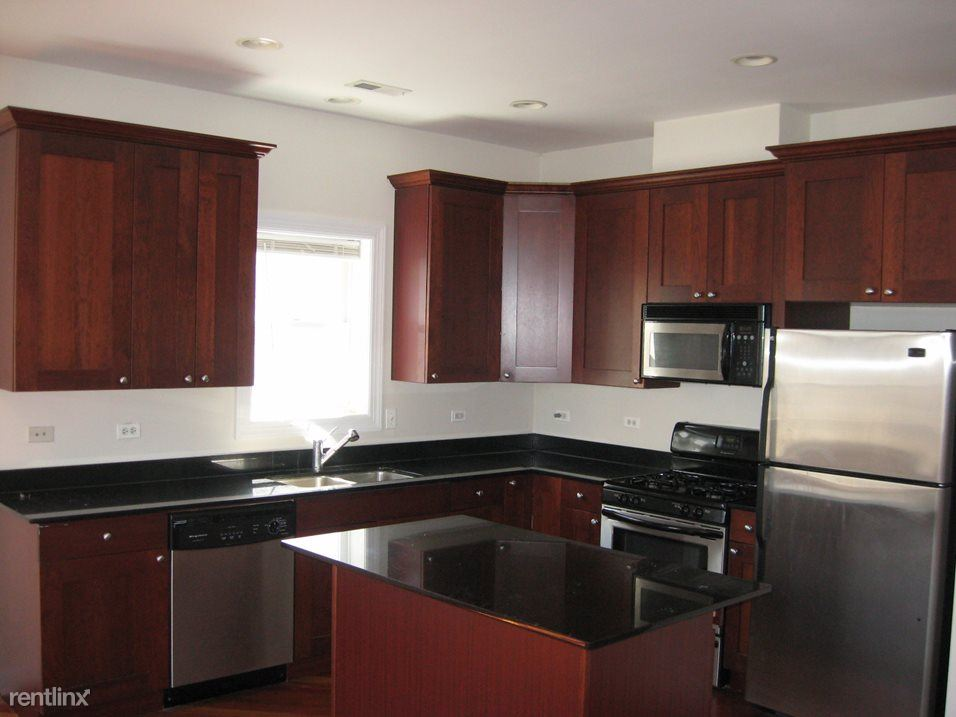 3112 N Racine Ave, Chicago, IL - 3,550 USD/ month