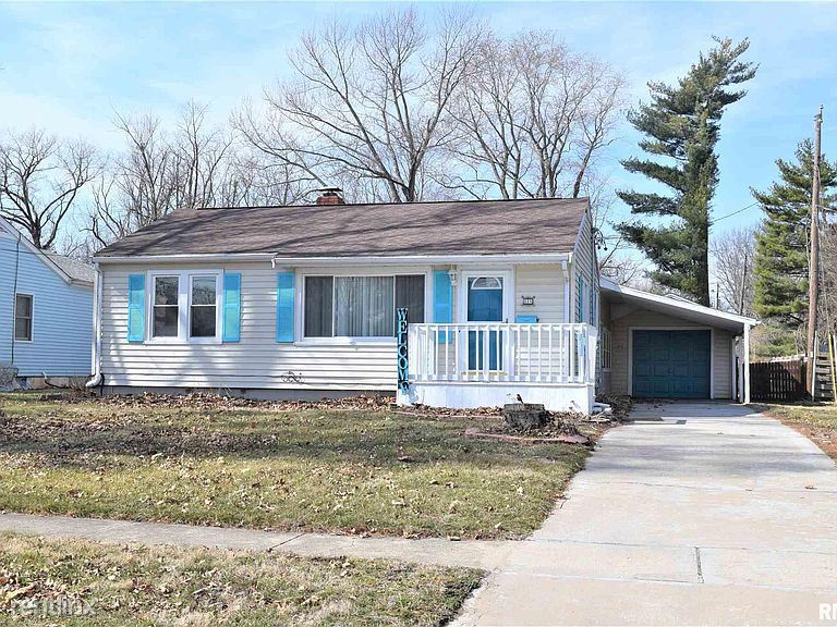 611 Caldwell St, Jacksonville, IL - 900 USD/ month
