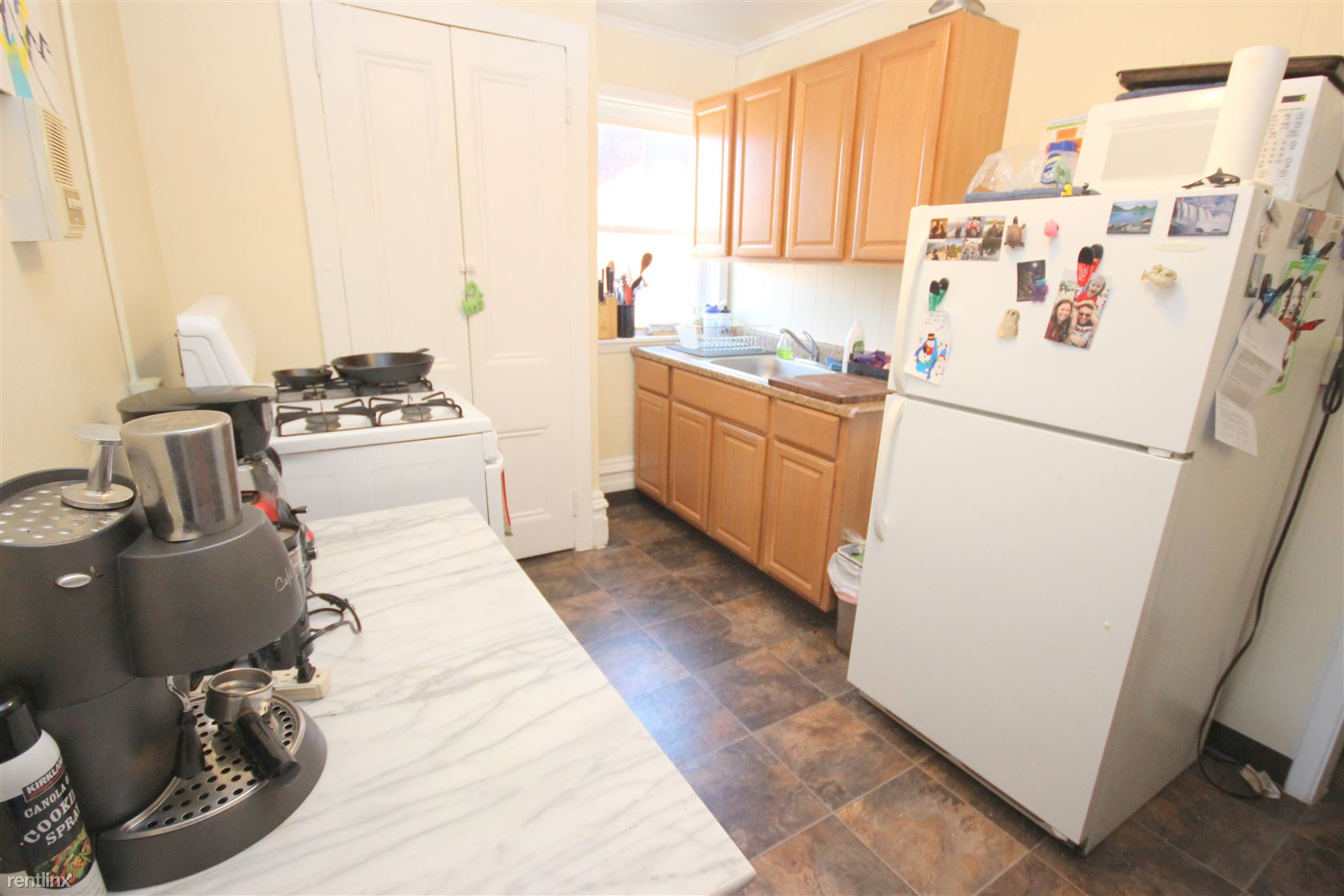 2615 Shady Ave, Pittsburgh, PA - 1,025 USD/ month