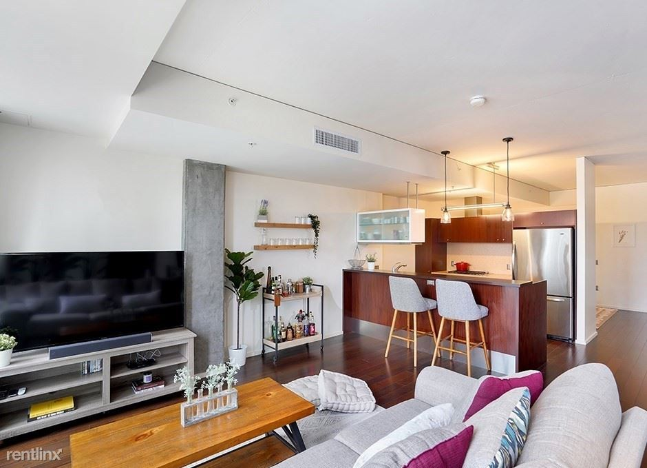 1155 S Grand Ave Apt 1014, Los Angeles, CA - 900 USD/ month
