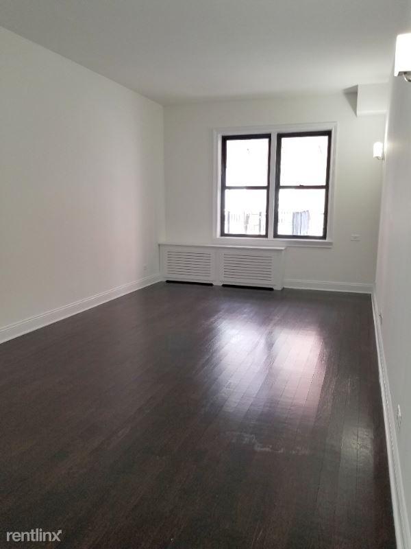 233 W 22nd St, New York NY, New York, NY - 3,400 USD/ month