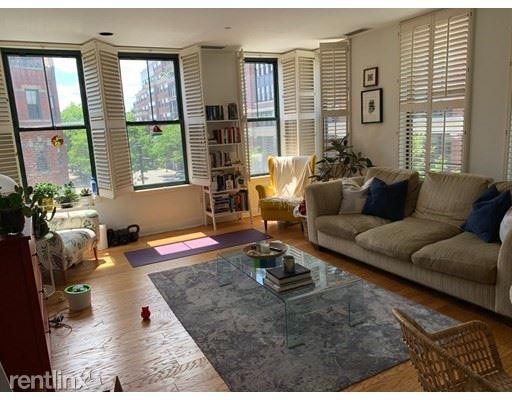 75 Claredon St 303, Boston, MA - 4,400 USD/ month