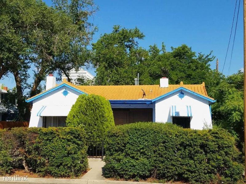 312 9th St NW, Albuquerque, NM - 1,395 USD/ month