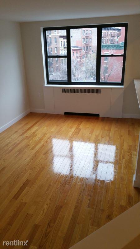 24th, New York, NY - 2,801 USD/ month