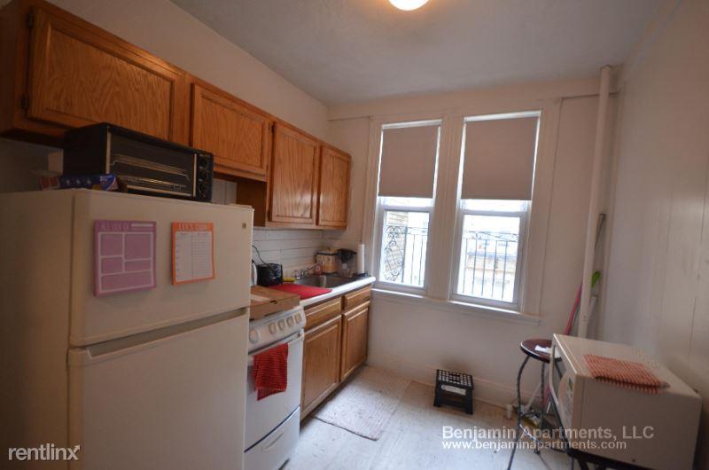 1630 Commonwealth Ave 010, Boston, MA - 1,725 USD/ month
