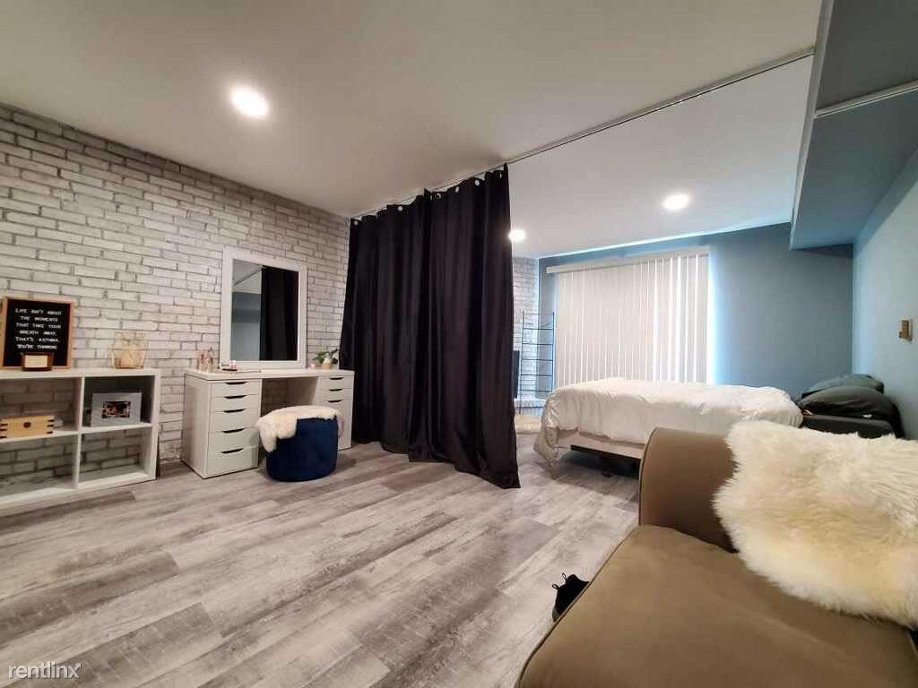 2828 N Burling St Apt 304, Chicago, IL - 1,350 USD/ month