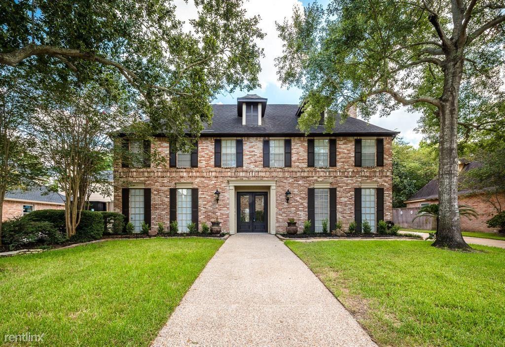15903 River Roads Dr, Houston, TX - 3,995 USD/ month