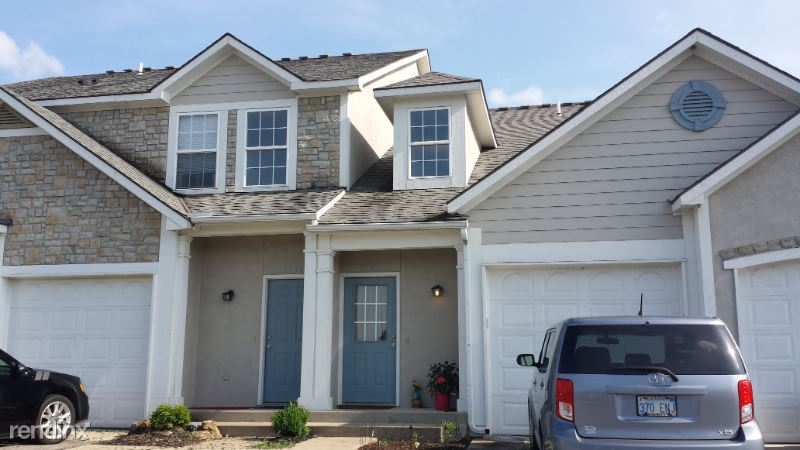 989 N Findley St, Olathe, KS - 1,550 USD/ month