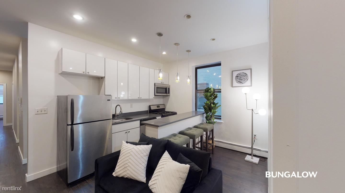 247 West 113th Street, New York, NY - 1,030 USD/ month