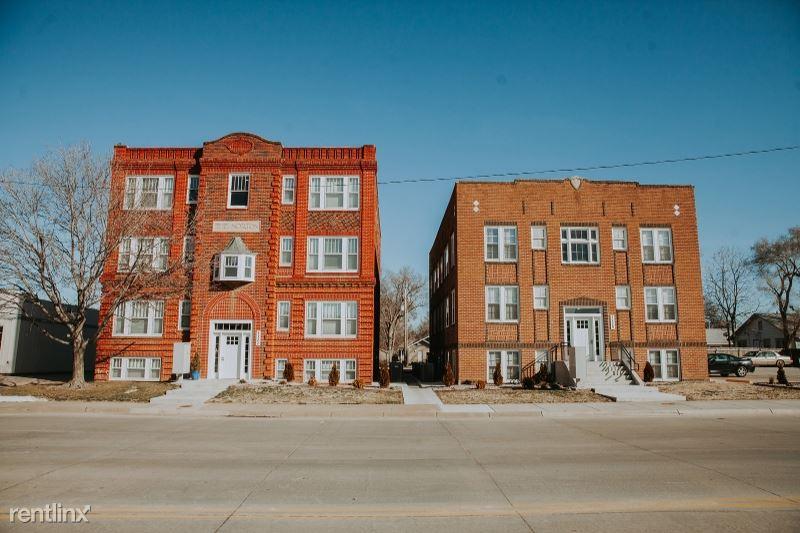 1111 E Iron Ave, Salina, KS 67401, United States, Salina, KS - 695 USD/ month